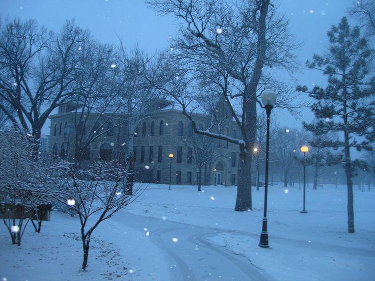 Ottawa, KS : Ottawa University administrative building