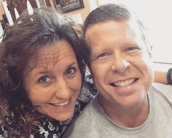 Duggar Family News: Jim Bob & Michelle Worth $3.5 Million? - http://www.morningledger.com/duggar-family-news-jim-bob-michelle/13104693/