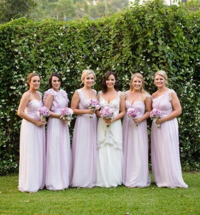 Die besten 25 Brautjungfernkleider flieder Ideen auf