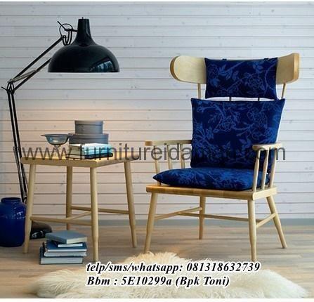Kursi Santai Minimalis Vintage Jati-kursi santai ini di desain dengan minimalis vintage dan finising White wash dan Kayu Jati perhutani