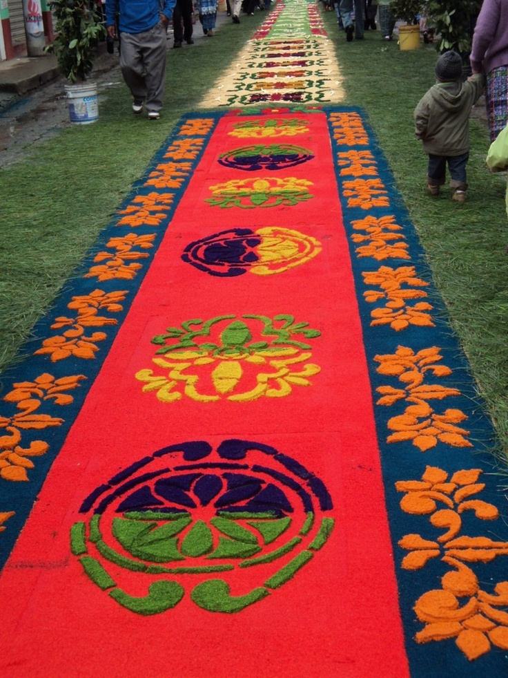 156 best images about alfombras flores y otros elementos for Antigua alfombras