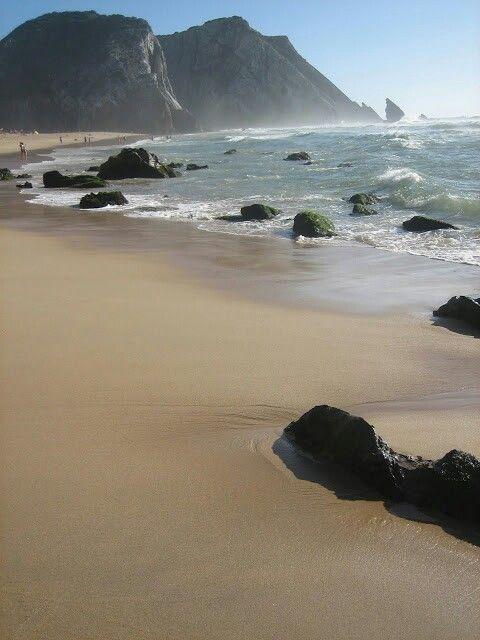 Praia da Adraga, Almoçageme - Sintra A minha praia ao fundo da rua