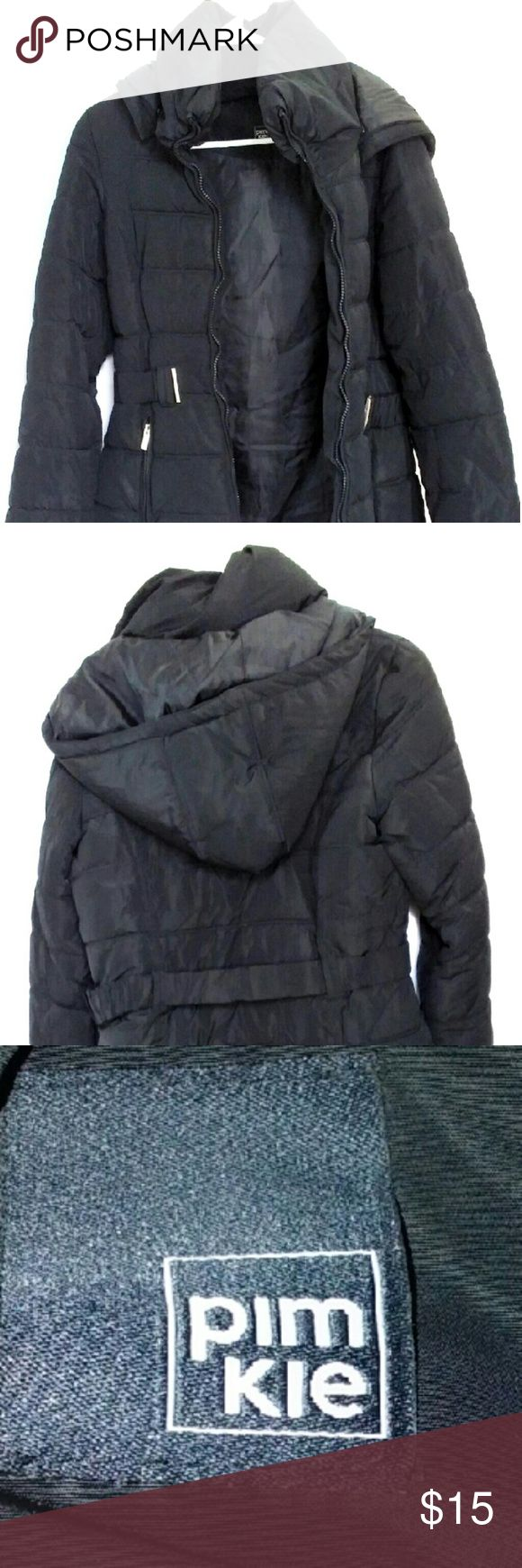 Women's PUFFER JACKET! This is a nice puffer jacket that is snug when you wear it. It has a wonderful hood, belt and some nice pockets. Pimkie Jackets & Coats Puffers