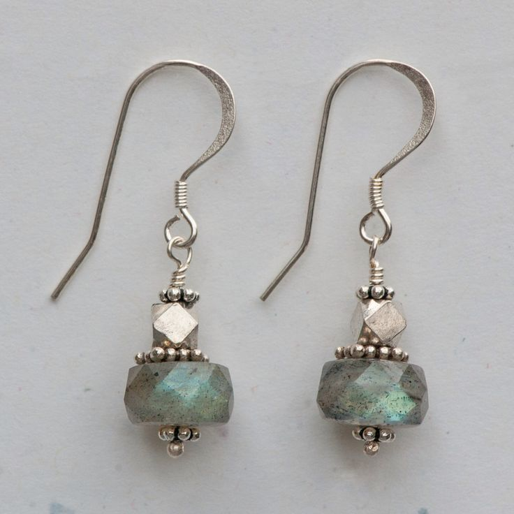 Labradorite Earrings by DianaDJonesJewelry on Etsy https://www.etsy.com/listing/500250448/labradorite-earrings