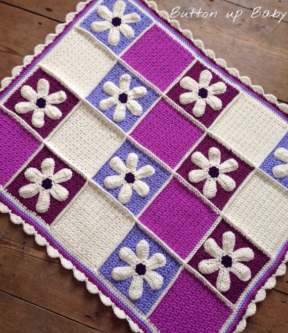 Baby girl blanket with applique daisies by Buttonupbabyboutique