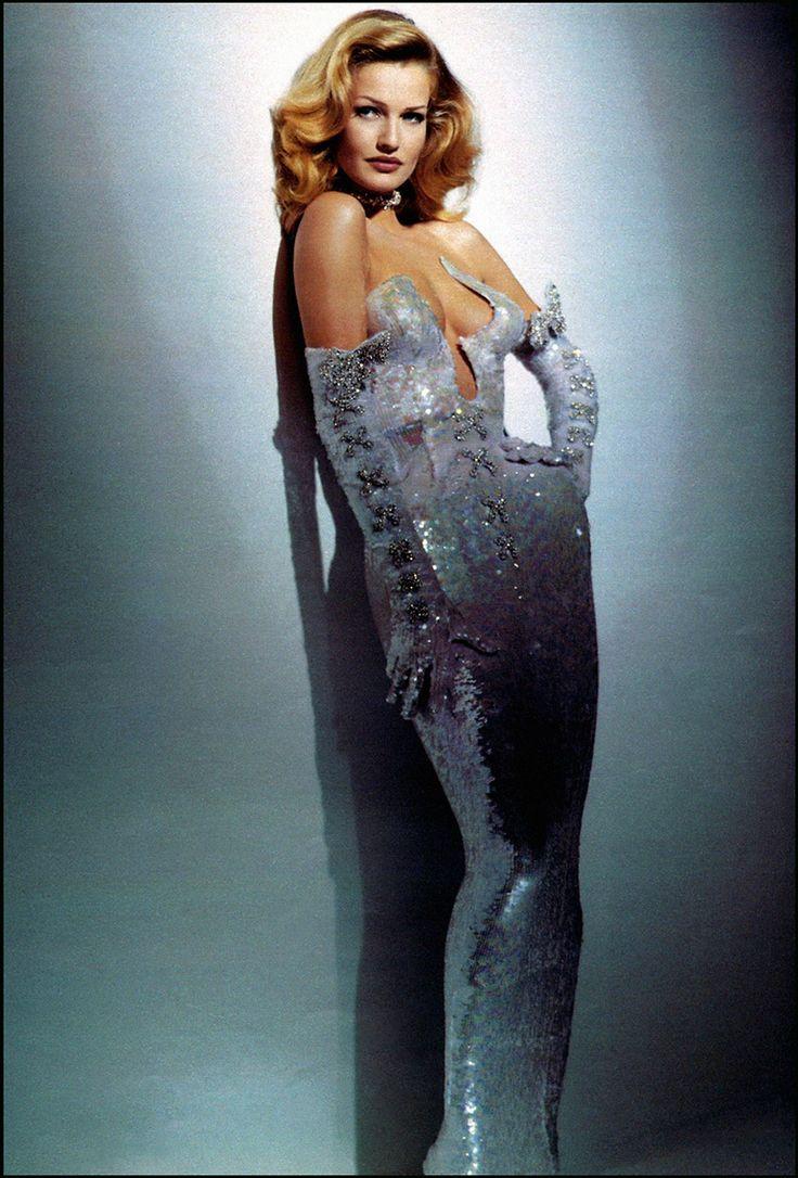 Karen Mulder   Thierry Mugler Couture Fall 1992   Fashion ...