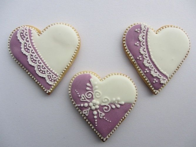 czech cookies.  Decorated cookies.  Heart.  Pretty.  Purple, lavendar, white.  Lace