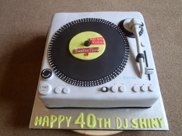 16 Best Record Cake Images On Pinterest Record Cake