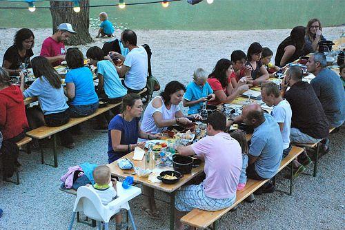 location-vacances-dordogne-avec-piscine-soiree-karaoke Camping - camping dordogne etoiles avec piscine