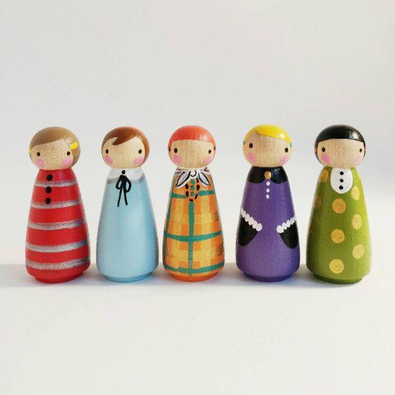 set of 5 mixed print peg dolls door PegandPlum