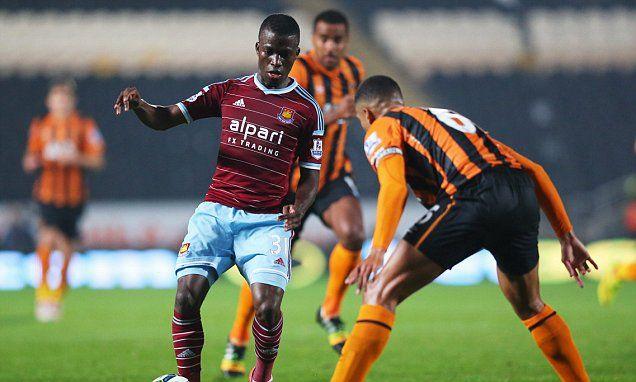 Chelsea eye up move for West Ham striker Enner Valencia
