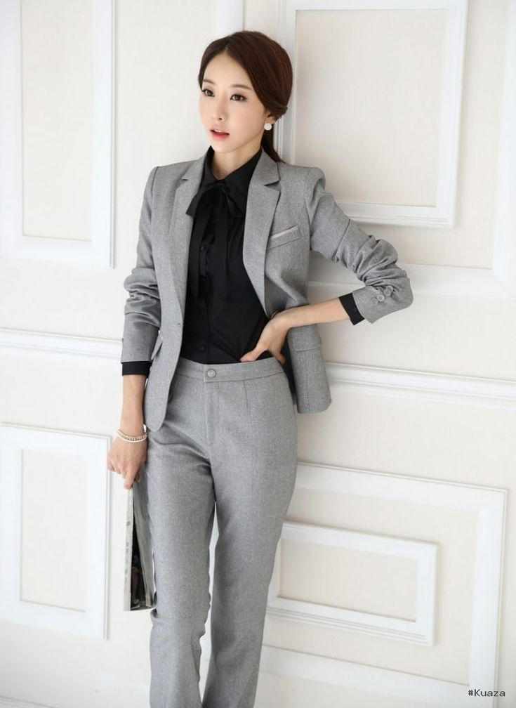 Best 25  Formal suits for women ideas on Pinterest | Corporate ...