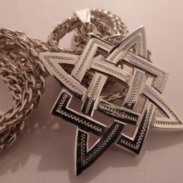Звезда Руси-материал серебро 925