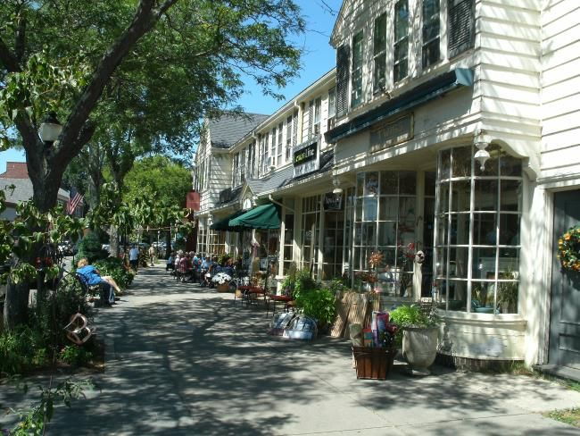 Wondering which Cape Cod towns are best for your vacation? My in-depth town profiles and personalized advice will help you decide!
