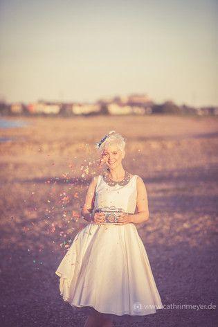 Hochzeitskleid, rockabilly, mit Petticoat (Foto: Cathrin Meyer)