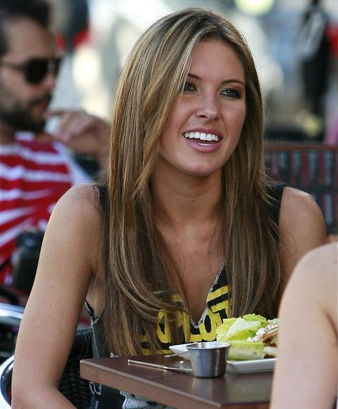 """""""The Hills"""" stars Audrina Patridge and Lo Bosworth eat lunch at Fratelli Cafe in West Hollywood."""