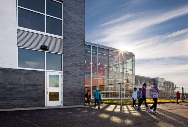 Construction de l'école de l'Équinoxe
