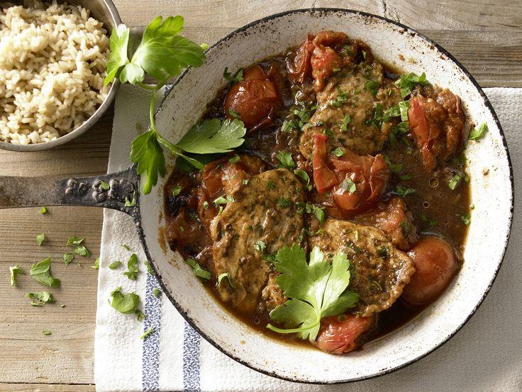 Schnelle Hähnchenschnitzel - mit gerösteten Tomaten und Marsala - smarter - Kalorien: 237 Kcal - Zeit: 15 Min. | eatsmarter.de Hähnchenschnitzel mit Tomate ... mmmhhh!