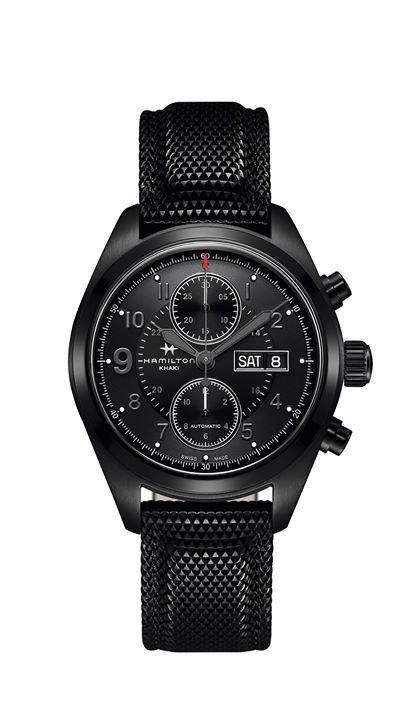 Hamilton Watch Khaki Field Black Series Su caja ennegrecida con PVD le confiere condiciones de reloj deportivo y elegante. #WatchesWorld, los relojes de tu vida.