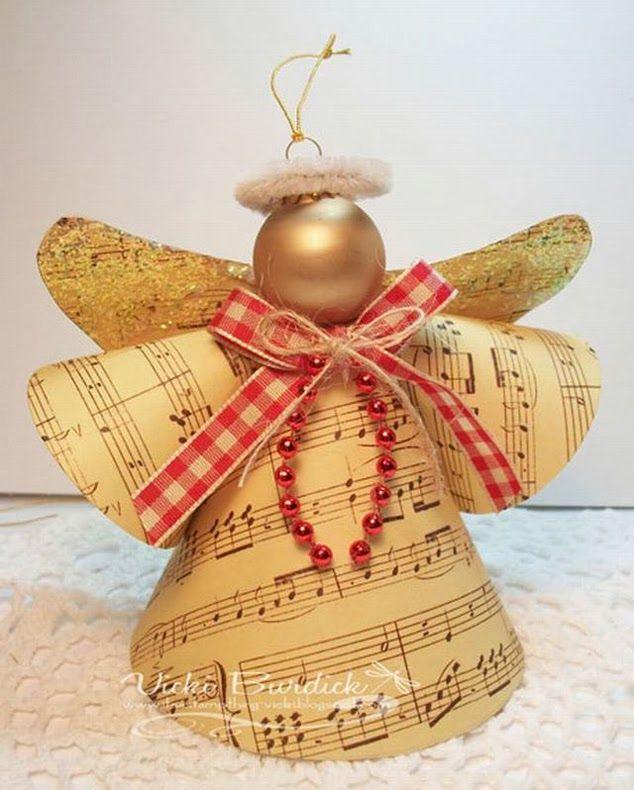 Anjos de papel na decoração natalina: