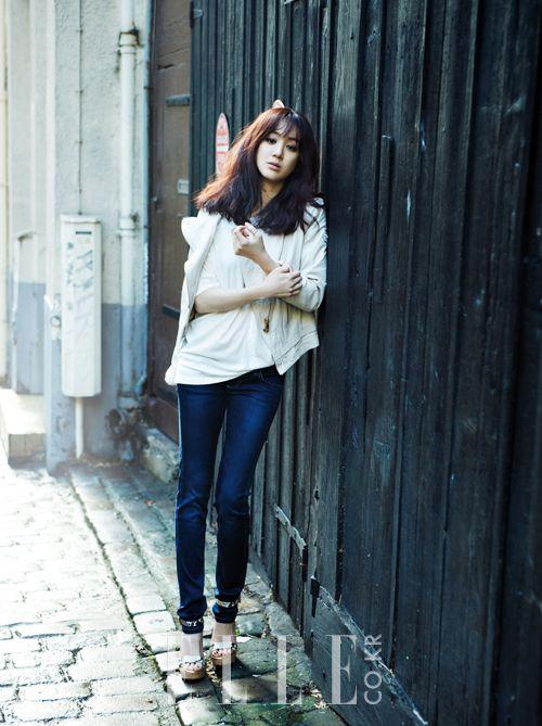 Jung Ryeo-won // Elle Korea // March 2013