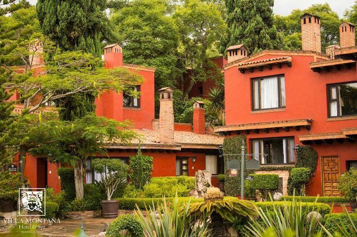 Disfruta de la última semana del año rodeado del ambiente que solo Villa Montaña puede brindarte.   #HotelVillaMontaña #FinDeAño
