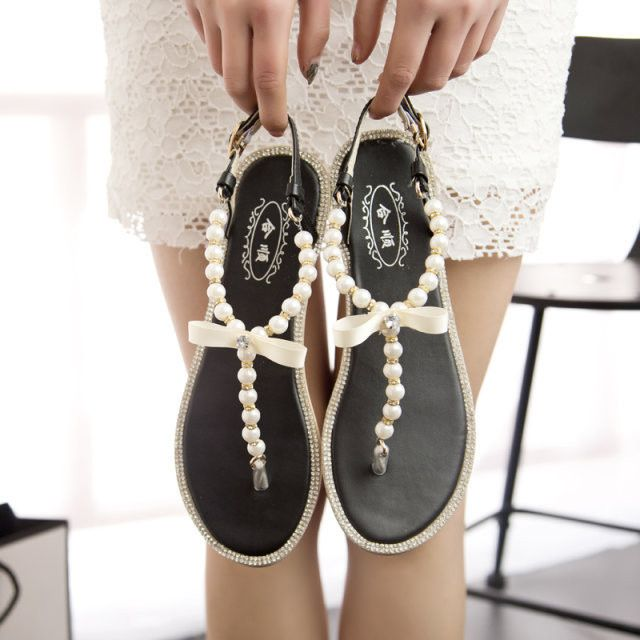 Summer in Pearl Bow Flat With Flat Thong Sandals