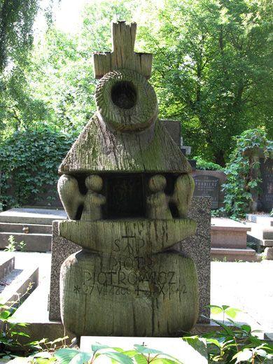 iPowązki: Grób Piotra Piotrowicza na Starych Powązkach w Warszawie, Piotr Piotrowicz, Nietypowe pomniki, Powązki, Cmentarz Powązkowski, Warszawa, Powązki Cemetery, Warsaw, Poland.