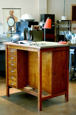 1950s Wood drafting table..I love to work standing up! Great DIY make-over table for my dream studio!