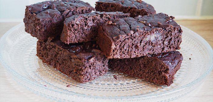 Zwarte bonen brownie, snacken met groente!