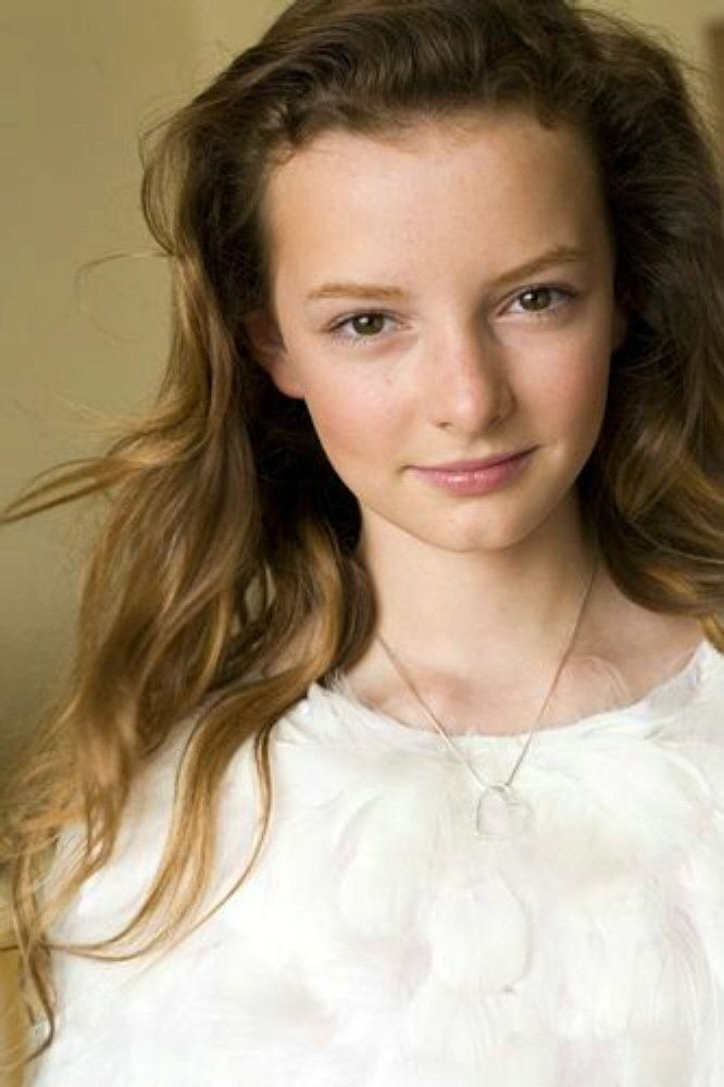 Photo of dakota blue richards for fans of Dakota Blue Richards.