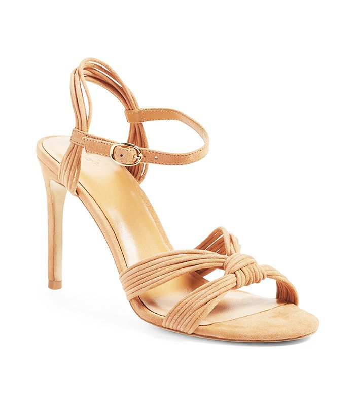 """Lauren Conrad Told Us the 5 Shoe Styles That Will Never Be """"Out"""" via @WhoWhatWear"""