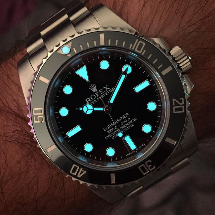 """3,471 Likes, 67 Comments - Alan (@rolexdiver) on Instagram: """"Evening wrist lume from my 114060. #Rolex #submarinernodate #114060 #watchesofintagram #116610…"""""""