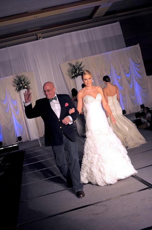 9 Best Jorge Perez Images On Pinterest Short Wedding