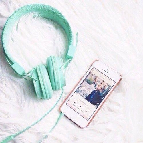 Imagen de music, iphone, and headphones