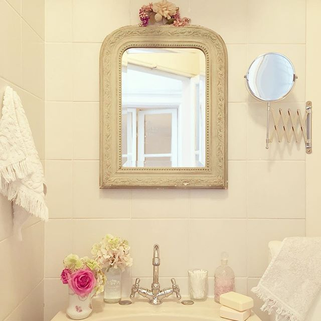 Shabby Chic Bathrooms: 17 Best Images About Shabby Chic Bathrooms On Pinterest