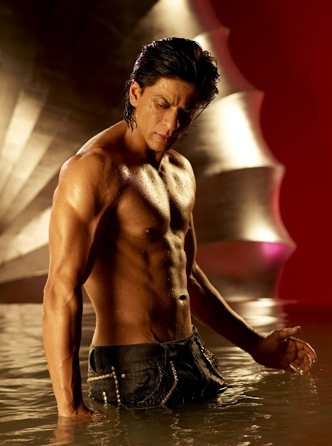 I would have pinned this under Yum! Except, SRK is not food! But he sure is good…