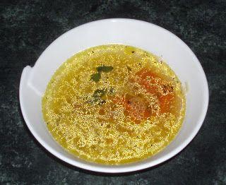 W Mojej Kuchni Lubię.. : szybkowar - klarowny,aromatyczny drobiowy rosół......