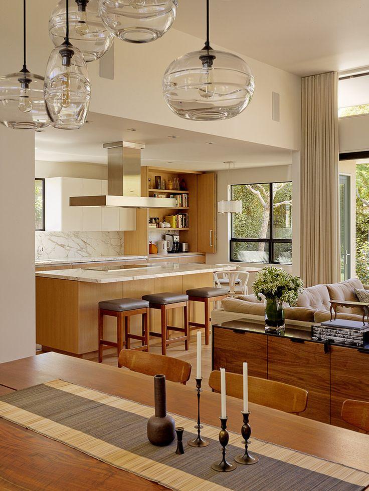 Lakeside Drive Residence by Lorissa Kimm | HomeAdore