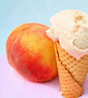 Homemade peach icecream!! Yes please