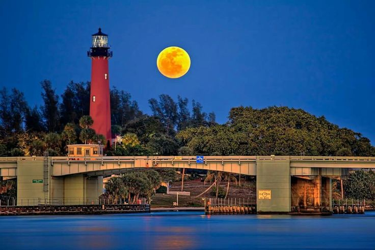 Jupiter Lighthouse, Juno Beach, Florida.