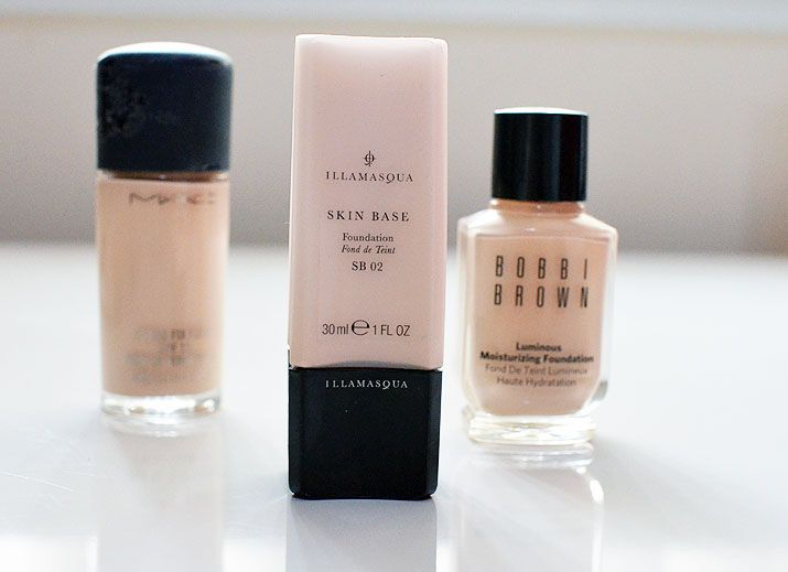 foundation for pale skin: illamasqua skin base foundation in 02