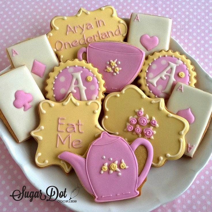 Sugar Dot Cookies: Alicia en el país de las maravillas la fiesta del té Galletas
