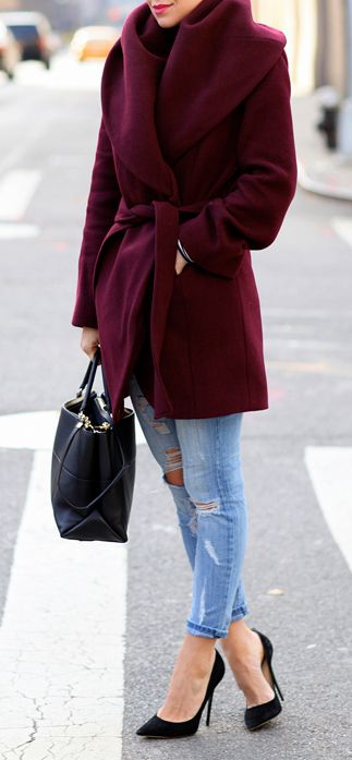 Pretty wine-colored wool coat with fabulous collar!