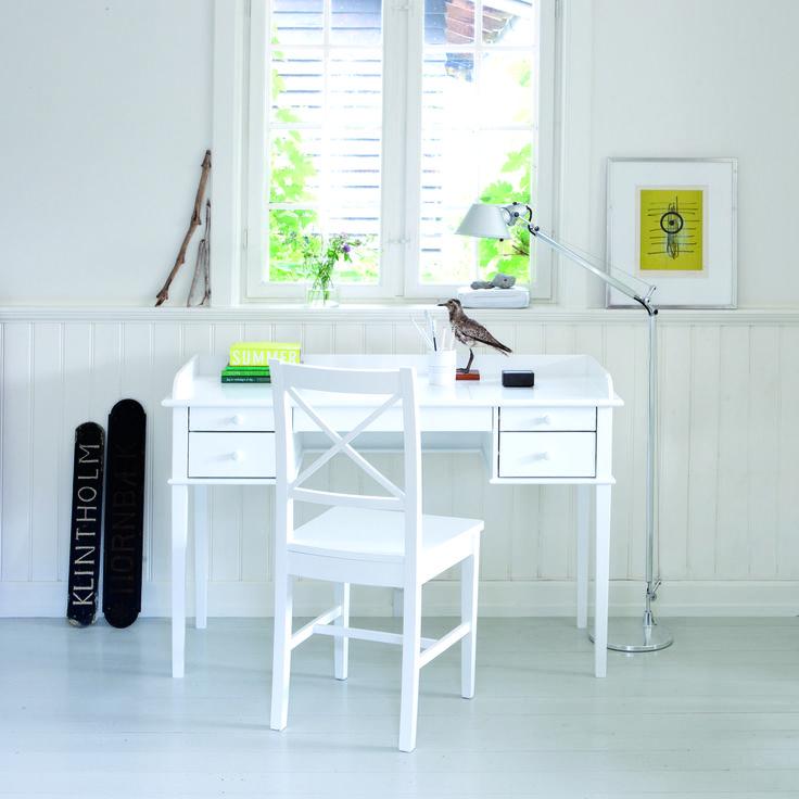 Office table white, Oliver Furniture Denmark.   www.oliverfurniture.com