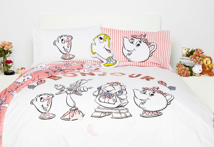 Say Bonjour to your new boudoir! We are in love with this Beauty and the Beast homeware, found exclusively at Primark!