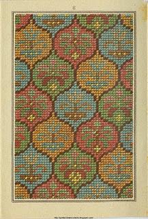 Obrigada ao Ramzi, do http://patternmakercharts.blogspot.com.br/; por compartilhar estes desenhos antigos de bordados.