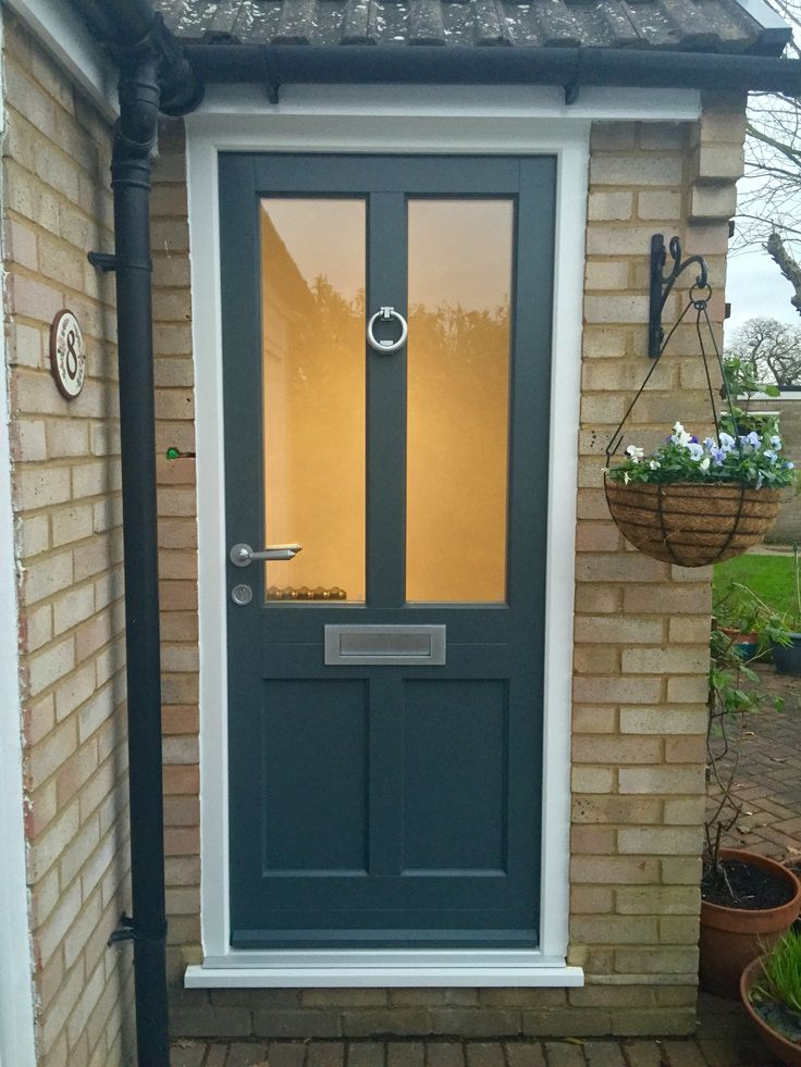 Timber Entrance door painted Farrow and Ball Downpipe