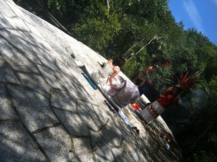 Mayan wedding in the Cenote area in riviera maya Mexico for info ! Info@whitechicwedding.com