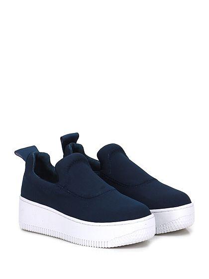 Windsor Smith - Sneakers - Donna - Sneaker in tessuto tecnico con logo su retro e suola in gomma. Tacco 50, platform 40 con battuta 10. - NAVY - € 95.00